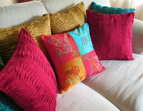 decorating with pillows decorative throw pillows decorate your home with throw