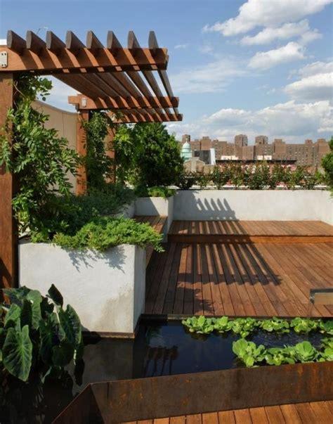 Einrichten Und Wohnen 4609 by Sichtschutz Pergola Dachterrasse Holzboden Mini Teich