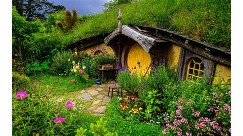 hobbit hole hobbit hole wallpaper bing images