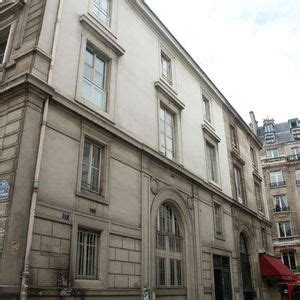 Rue Guillaume Rennes by 17 Rue Guillaume Apollinaire 75006