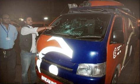 one dead in firing on geo tv dsng van in karachi
