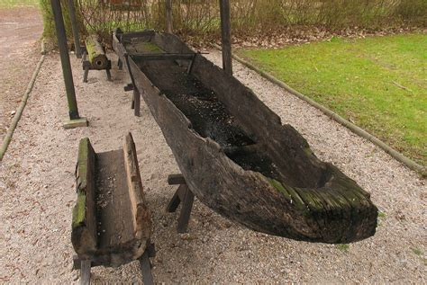 canoes wikipedia dugout canoe wikipedia
