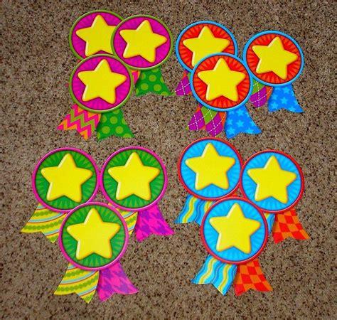 Dompet New Mini Ribbon resource 12 award ribbons mini bulletin board accents cut outs ebay