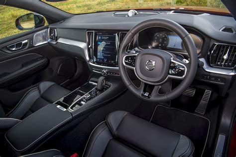 volvo  recharge  hybrid interior comfort
