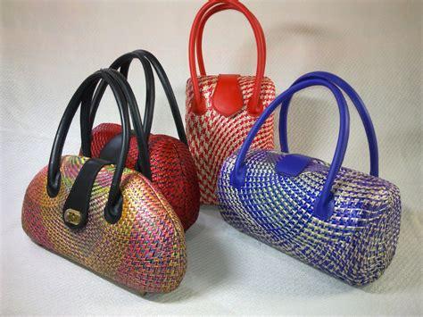 Handcraft Bag - philippine handicraft buntal bags