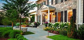 find your home forget the traditional look modern front yard