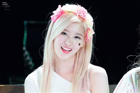 Best Gifts 2016 by These 26 Hi Res Photos Of Twice S Sana Prove She S The