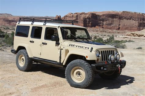 Jeep Safari We Get Handsy With The 2015 Easter Jeep Safari Concepts