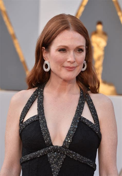 julianne moore julianne moore at 88th annual academy awards in hollywood