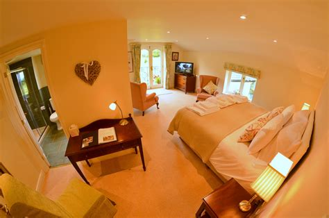 the willow room willow room evesham lodge bed breakfast