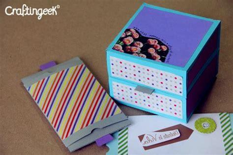 tutorial tarjeta pop up scrapbook craftingeek tarjeta pop explosiva rubber band