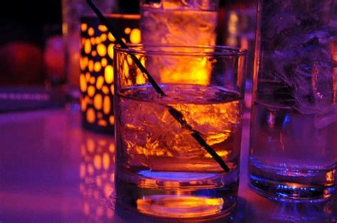 alcoholic drinks at a bar bar drink drinks glam image 422165 on favim com