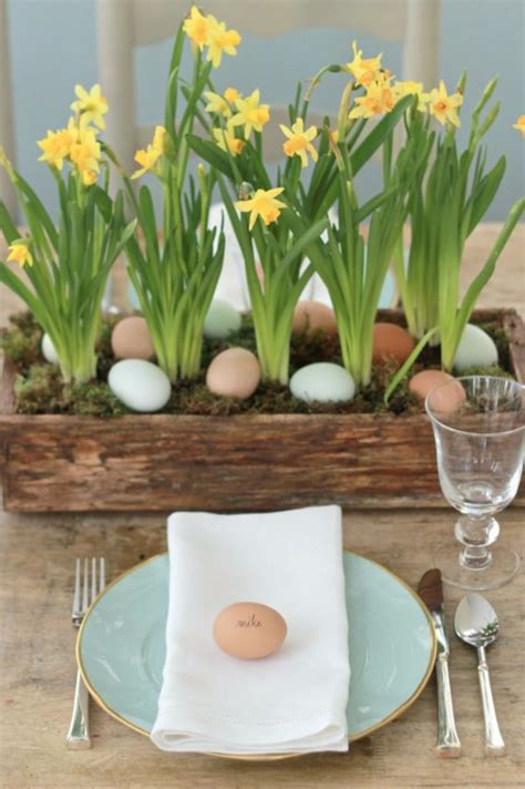 creative centerpiece ideas for your holiday dinner table creative easter table setting ideas in blue and white to