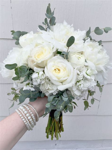 Wedding Bouquet And White by 25 Best Ideas About Peonies And Hydrangeas On