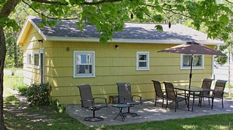 pet friendly vacation rentals in northern michigan
