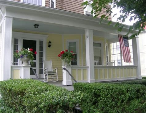 alexandra bee blog fabulous front porches