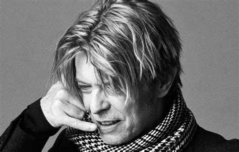 david bowie photographs by 1576878066 david bowie the photographs times square chronicles