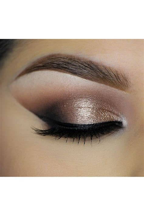 Eyeshadow For five basic eye makeup tips for a simple evening look