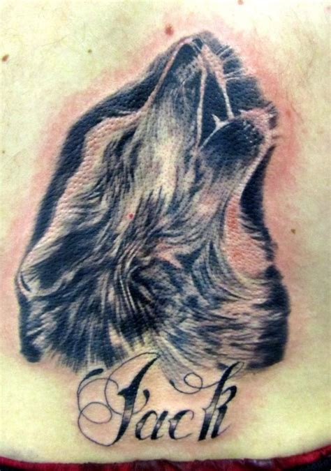 wolf howling tattoo designs realistic howling wolf tattoos