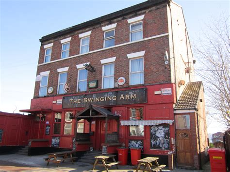 the swinging arm file the swinging arm pub birkenhead jpg wikimedia commons