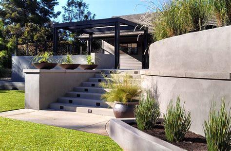 modern retaining wall modern backyard garden concrete