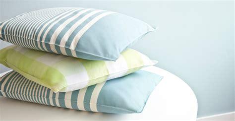cuscino viaggio cuscino da viaggio per viaggi comodi e confortevoli