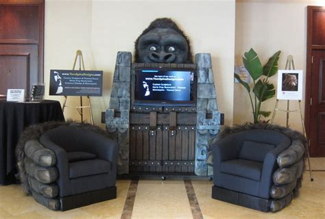 home theater design king systems llc monsterpalooza trade show and convention 2011 tom spina