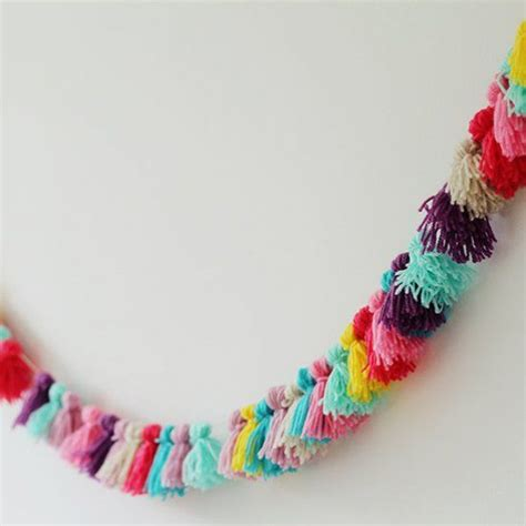 what to make out of yarn without knitting 25 modern yarn crafts to diy garlands yarns and tassels