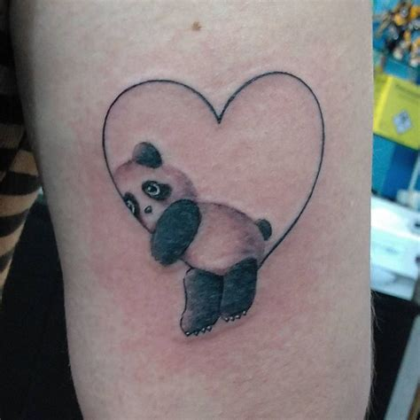 tattoo panda geometric best 25 panda tattoos ideas on pinterest animal tattoos