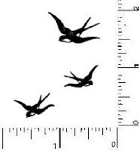 25 Best Ideas About Small Sparrow Tattoos On Pinterest Bird Silhouette Shoulder