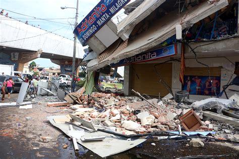 earthquake ecuador manta ecuador dramatic rescue amid rubble gives ecuador