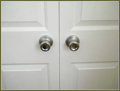 Closet Door Knobs Bifold Closet Door Knobs Home Design Ideas