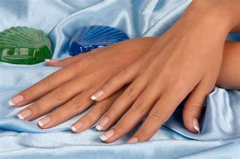 manicure a casa manicure fatta in casa come rendere le unghie perfette
