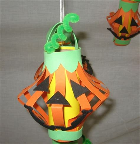 Toilet Paper Pumpkin Craft - a toilet paper roll o lantern