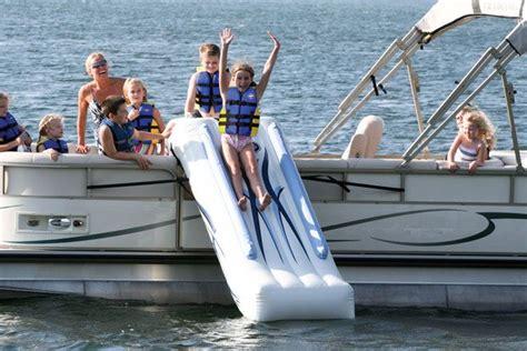pontoon boats not to buy best 20 pontoons ideas on pinterest lake boats pontoon