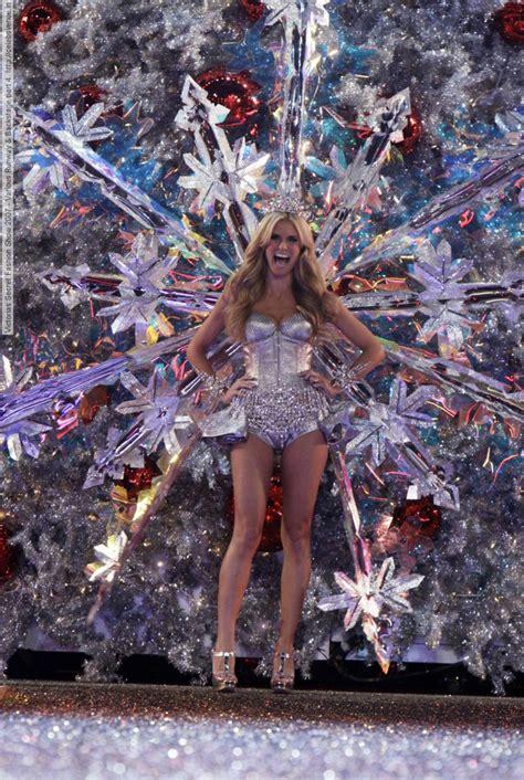 Victorias Secret 2007 Fashion Show On victorias secret fashion show 2007 various runway