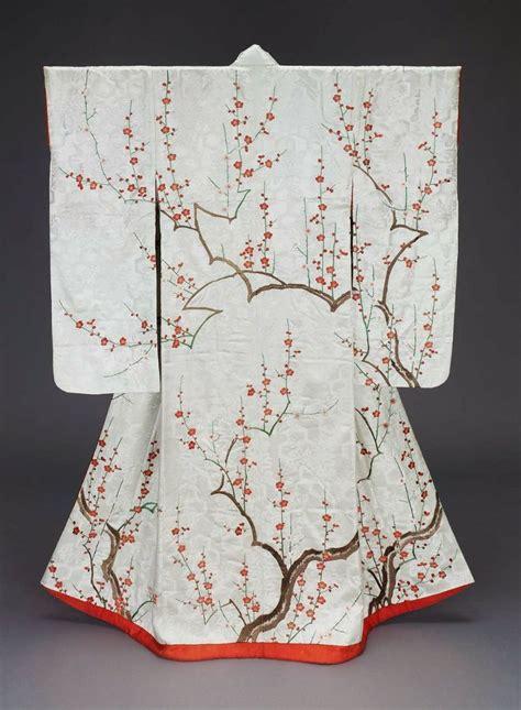 Plum Tree Embroidery Shirt Atasan Wanita 17 images about the of geisha 12 layer kimono kimonos accessories on heian