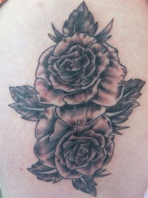 small flower tattoo on hip 17 best ideas about flower hip tattoos on hip