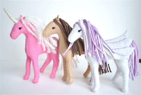 Felt Horse Pattern   Sew Your Own Unicorns, Horses, and