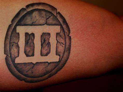cross tattoo with numbers 30 phenomenal roman number tattoos golfian com