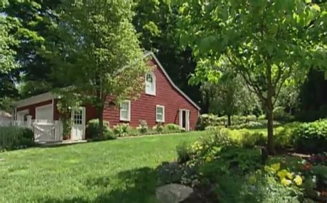 clinton chappaqua house hillary clinton net worth young photos salary age