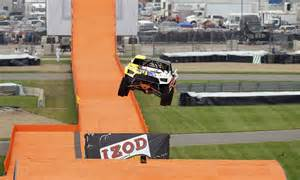 wheels stunt driver breaks world record r to r