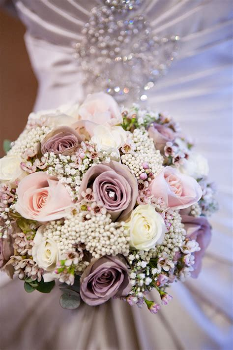 wedding bouquets flowers decorations and wedding inspiration winter wedding bouquets