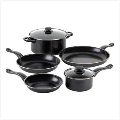 kitchen pots and pans kitchen timers cookware stock pot set canister set teapots