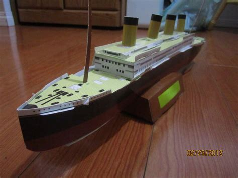 Papercraft Titanic - titanic build by odolwa5432 on deviantart