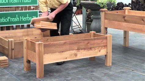 Building A Planter Bed by Raised Garden Beds On Legs Plans Gardening Flower And