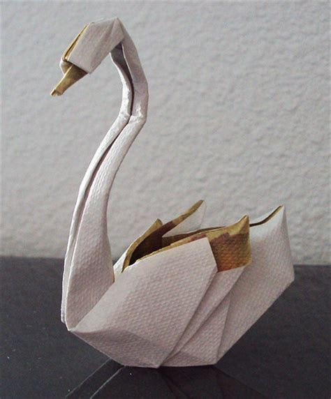Fold Origami Swan - swan by hoang tien quyet folded by me flickr photo