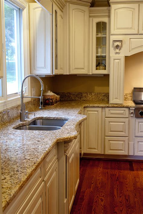 Granite Kitchen Cabinets Design Tip More Cabinet And Granite Pairings