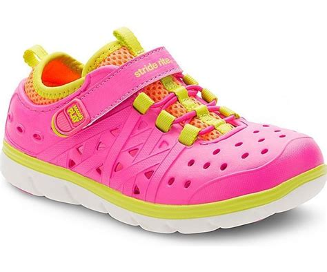 toddler shoes size 9 new stride rite toddler phibian pink sneaker sandal