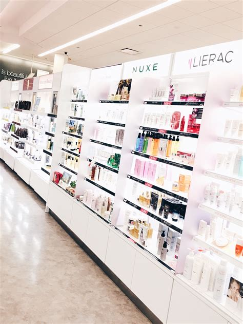 retail stores chicago tanda me smooth shopping the walgreens look boutique chicago latte